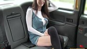 แตกคาปาก เอาในรถ เย็ดในรถ เย็ดแท๊กซี่ เย็ดนมโต