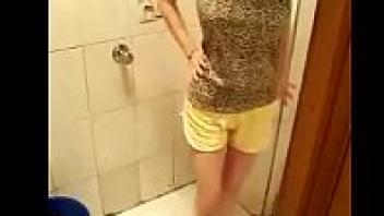 เย็ดสาวไทย วัยรุ่นไทยxxx นมใหญ่ นมสาวไทย ถอดเสื้อโชว์