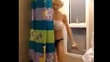 แก้ผ้าอาบน้ำ อาบน้ำแก้ผ้า อาบน้ำล้างหี หีสาวไทย หลุดสาวไทย